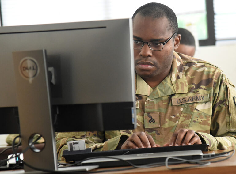 U.S. Army Soldiers Participate in Cyber Shield Exercise